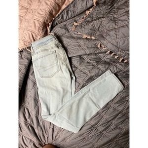 very light wash American Eagle jeans